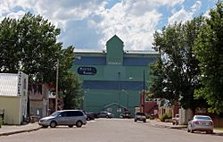 Stavely_Main_Street_Elevator_3621a.jpg